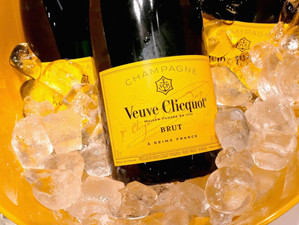 Veuve Clicquot Bubbly Lunch at the Hunt Club - 8/7