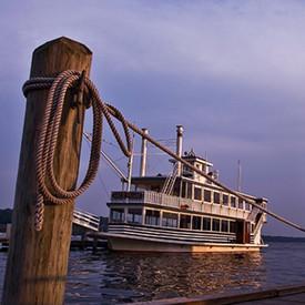 Cruise-the-Lake.jpg