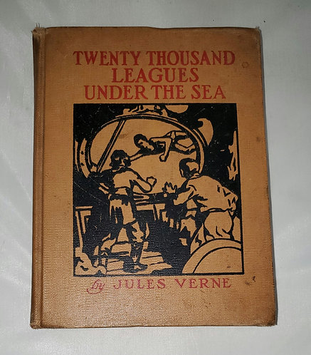 Twenty Thousand Leagues Under the Sea by Jules Verne 1925