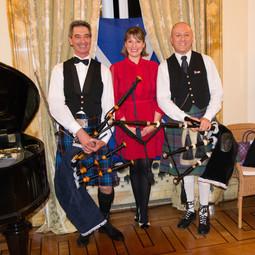 Festa scozzese nella residenza dell'ambasciatore UK a Roma