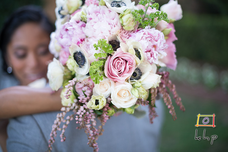 The bride's bouquet at the Altadena Town & Country Club