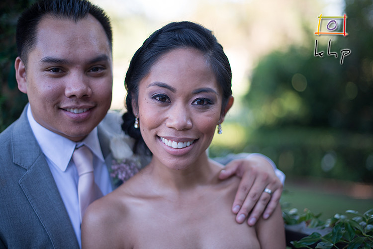 Newlywed portraits at the Altadena Town & Country Club