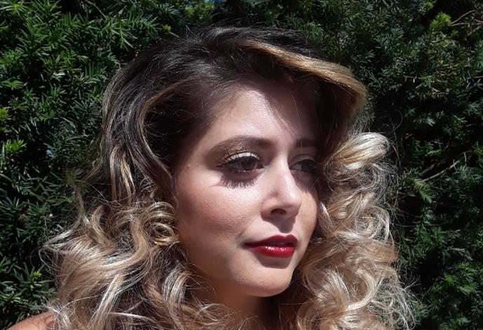 Hair AND Makeup 601