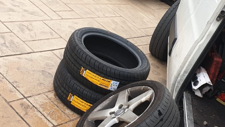Sheffield mobile tyre fitting - 4 tyres
