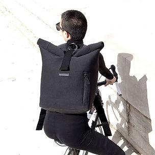 New Pharao messenger backpack