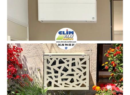 Installation - Climatisation réversible Daikin Stylish et cache clim extérieur