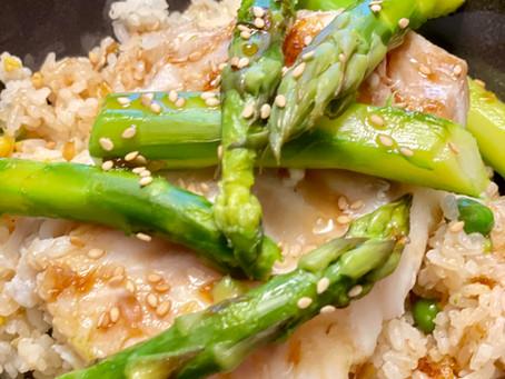 Dos de cabillaud aux asperges vertes à la sauce Yakitori revisitée