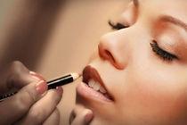 Makeup+artist.jpg
