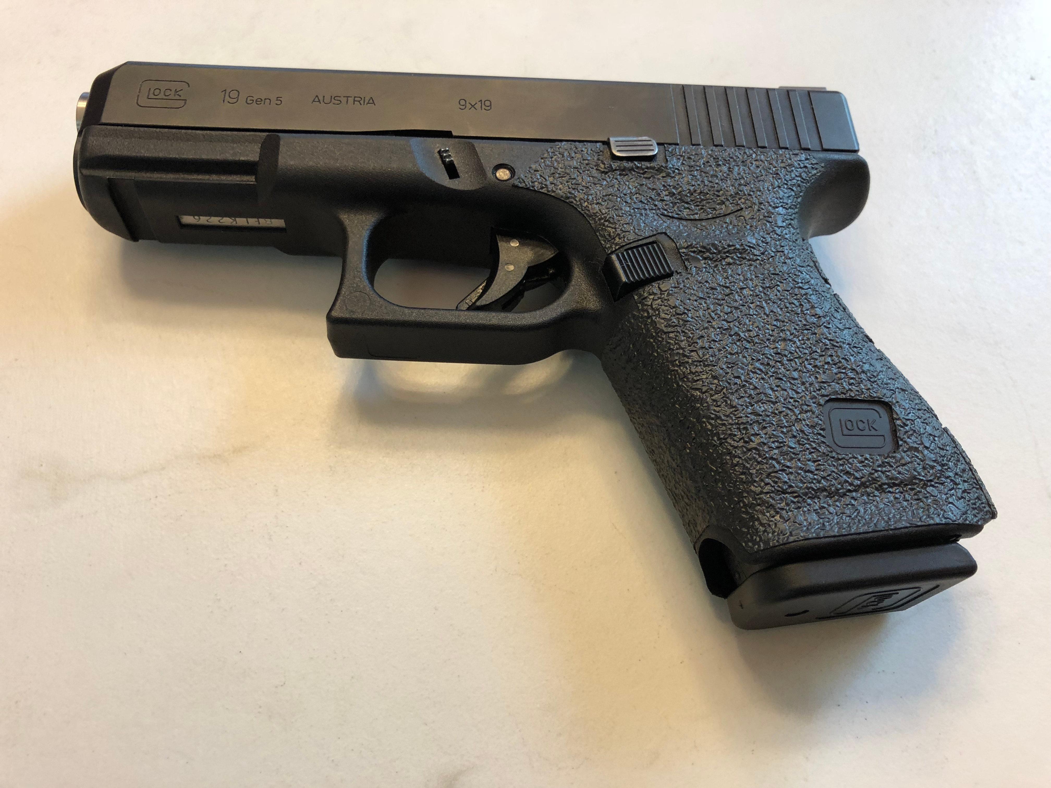 Glock 19/23 Gen 5 MOS Textured Rubber Grip Enhancement
