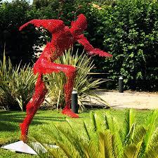 Sculpture by Vyki