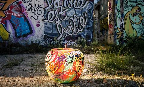 sculpture outdoor fruits resine