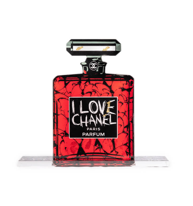 I love Chanel red