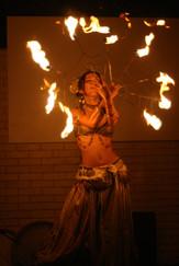 Kanon Live Fire dance