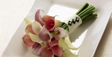 W31-4701 The FTD® Calla Lily Promise™ Bouquet