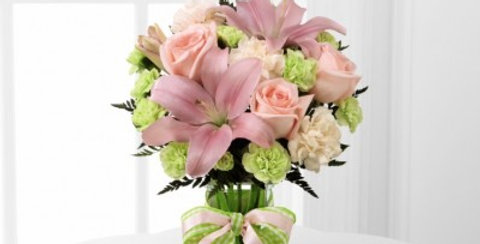 D7-4906 The FTD® Girl Power™ Bouquet