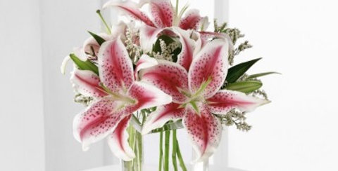 S22-4298 The FTD® Pink Lily Bouquet