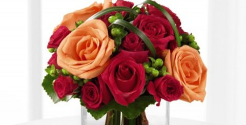 B25-4401 The FTD® Deep Emotions™ Rose Bouquet by Better Homes and Gardens®