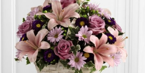 S31-4509 The FTD® Loving Sympathy™ Basket
