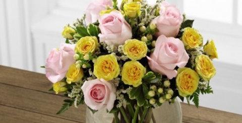E8-4816 The FTD® Soft Serenade™ Rose Bouquet