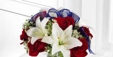 B30-4341 The FTD® Independence™ Bouquet