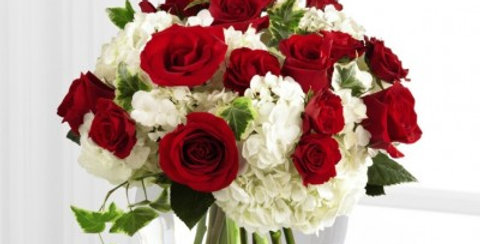 S19-4480 The FTD® Our Love Eternal™ Bouquet