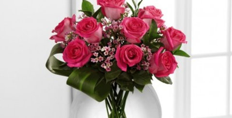 E7-4824 The FTD® Blazing Beauty™ Rose Bouquet