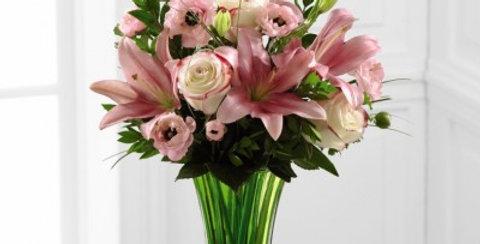 C8-4854 The FTD® Classic Beauty™ Bouquet