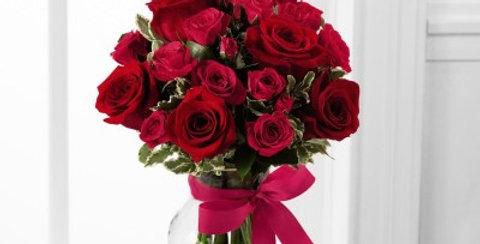 B20-4376 The FTD® Love-Struck™ Rose Bouquet