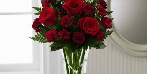 14-V2 The FTD® Sweethearts® Bouquet