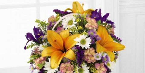 C12-3434 The FTD® Natural Wonders™ Bouquet