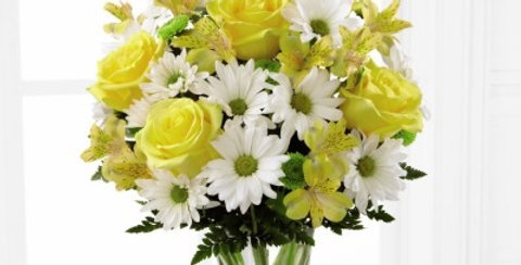 C3-4793 The FTD® Sunny Sentiments™ Bouquet