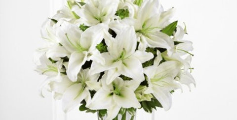 B26-4389 The FTD® Spirited Grace™ Lily Bouquet