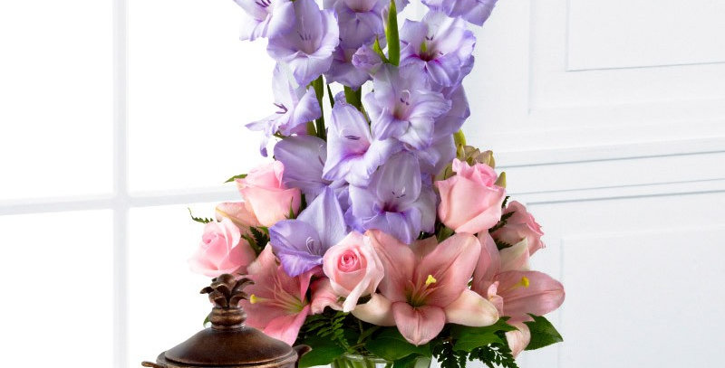 S33-4512 The FTD® Always & Forever™ Bouquet