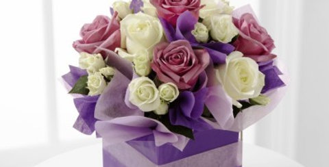 E10-4818 The FTD® Pure Romance™ Rose Bouquet