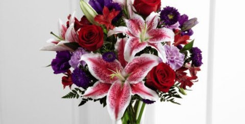 C16-4839 The FTD® Stunning Beauty™ Bouquet