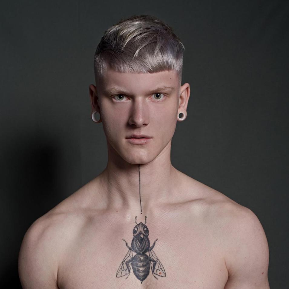 Collection Ministry of Hair 2018  PHOTOGRAPHE : Domenico Cennamo MODÈLE : Izaak CUT & COLOR : Zak Bertand STYLISME : Michel Coulon MAQUILLAGE : Lisa Brusque