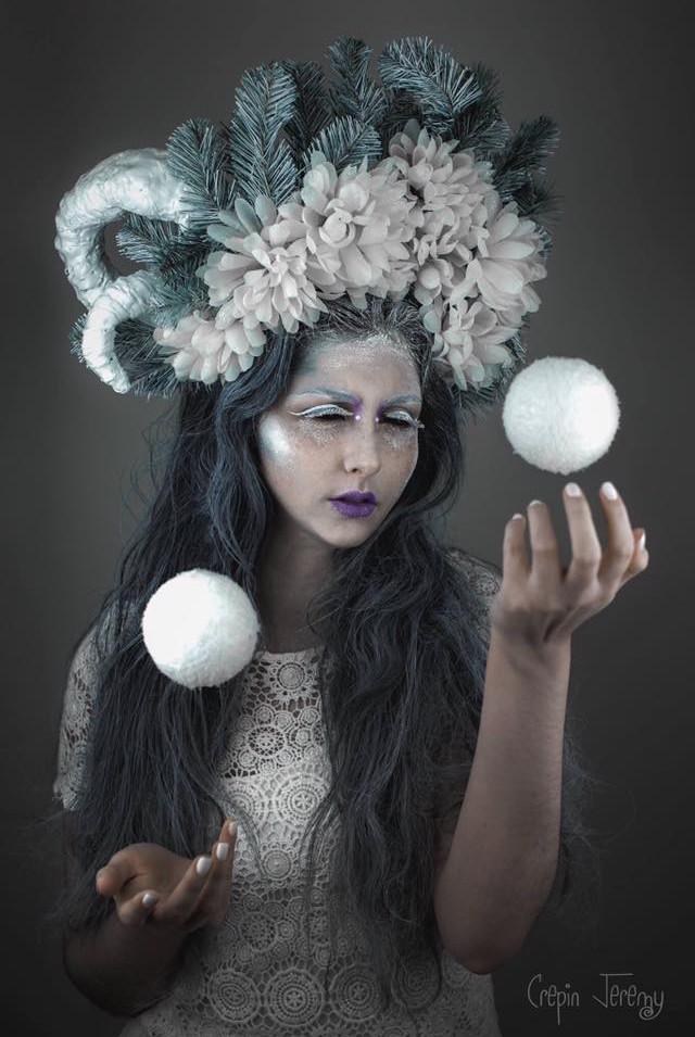 PHOTOGRAPHE : Jérémy Crépin MODÈLE : Mathilde Lopez COIFFE : Une fée dans la boîte MAQUILLAGE & STYLISME : Lisa Brusque