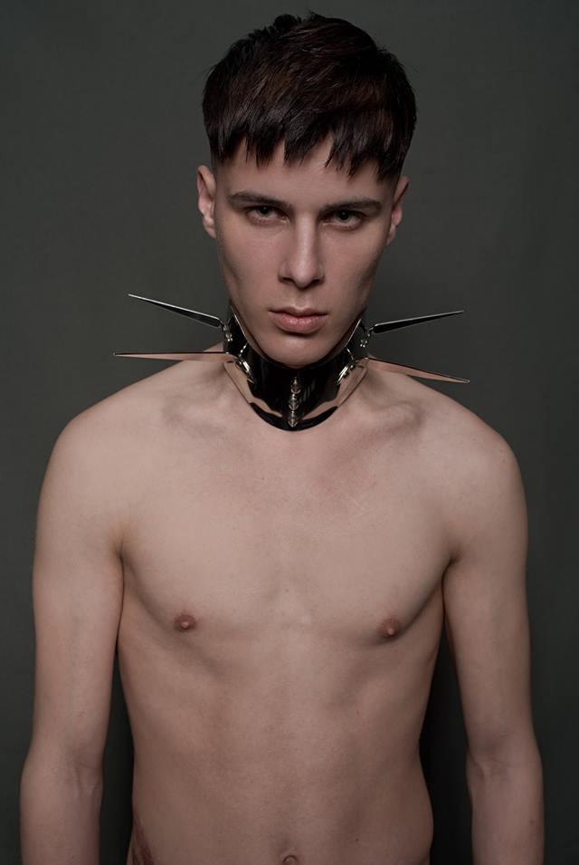Collection Ministry of Hair 2018  PHOTOGRAPHE : Domenico Cennamo MODÈLE : Michael CUT : Zak Bertand COLOR : Hugo Paras STYLISME : Michel Coulon MAQUILLAGE : Lisa Brusque