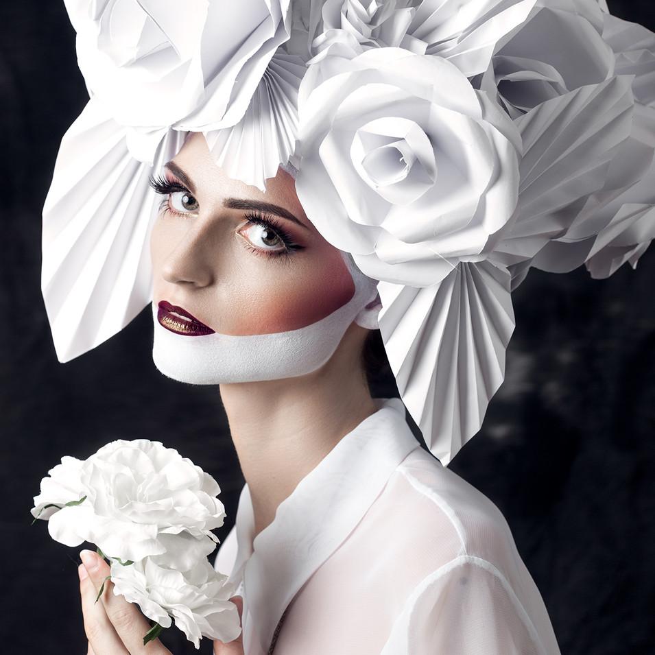 PHOTOGRAPHE : Lia's Images MODÈLE : Eldy Muziotti MAQUILLAGE, COIFFE & STYLISME :  Lisa Brusque