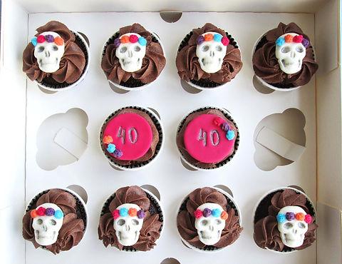 Sugar skull group cupcakes_edited.jpg