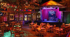 House of Blues Restaurant Reopens July 1 with Charity, Live Music and Southern-inspired menu!