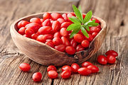 fresh-goji-berries-870x580.jpg