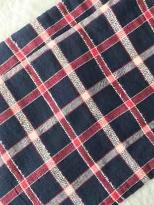 tissu tartan noir et rouge