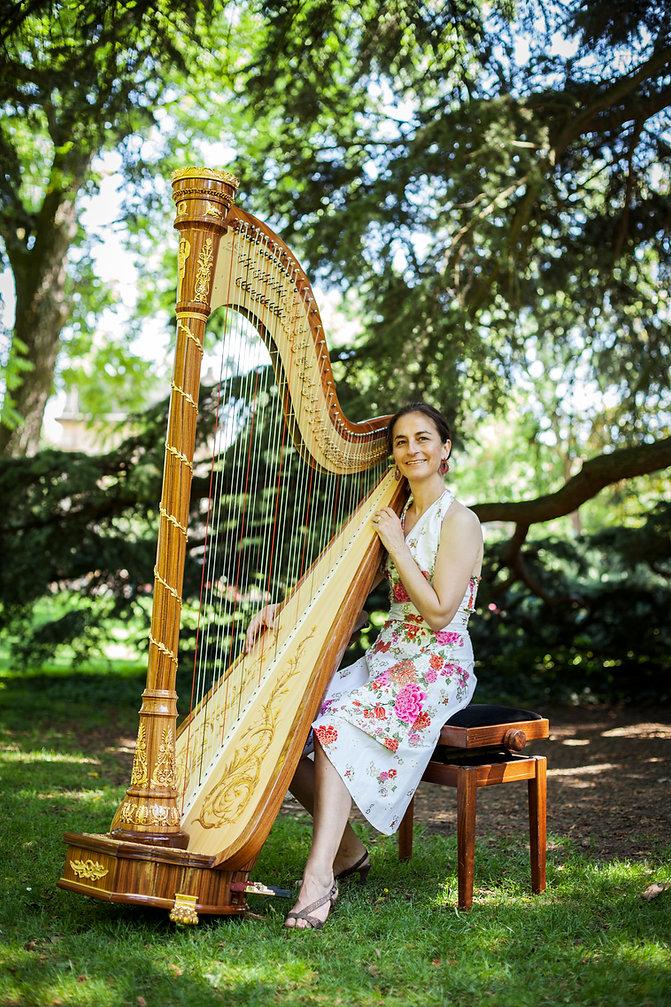 Christine Grévin, harpiste à Toulouse