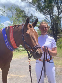 Revelwood Radiant Kiss wins at first competition