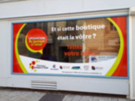 Vitrine_Boutique_à_l'essai_2020.jpg