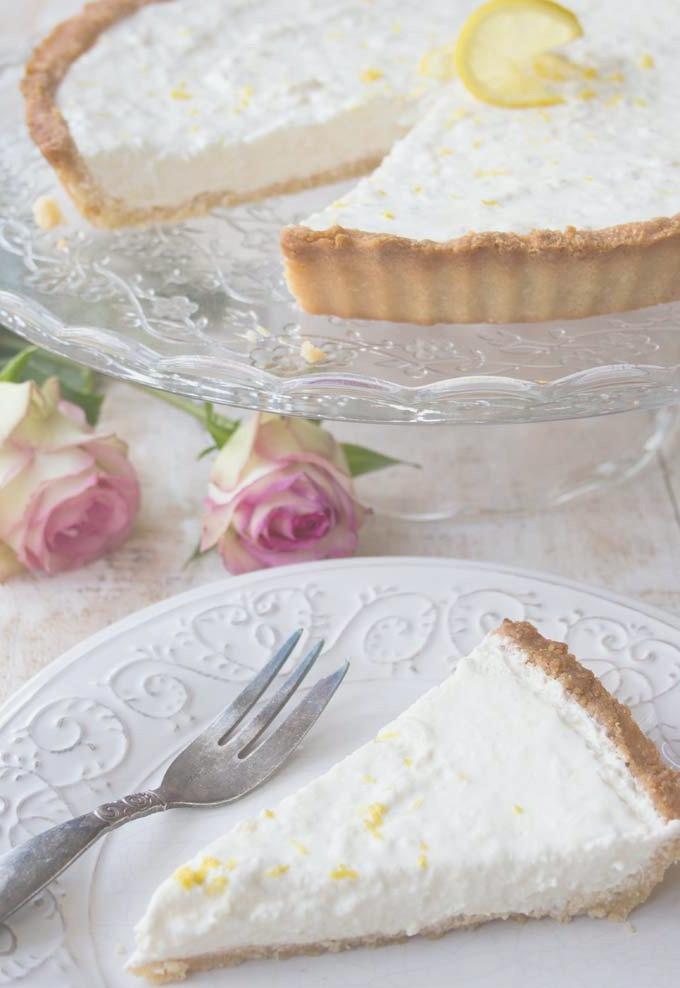 Delicious LCHF/Keto lemon cheesecake