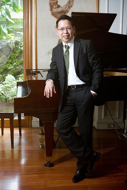 Abelardo Galang II Classical Pianist Berlin Germany