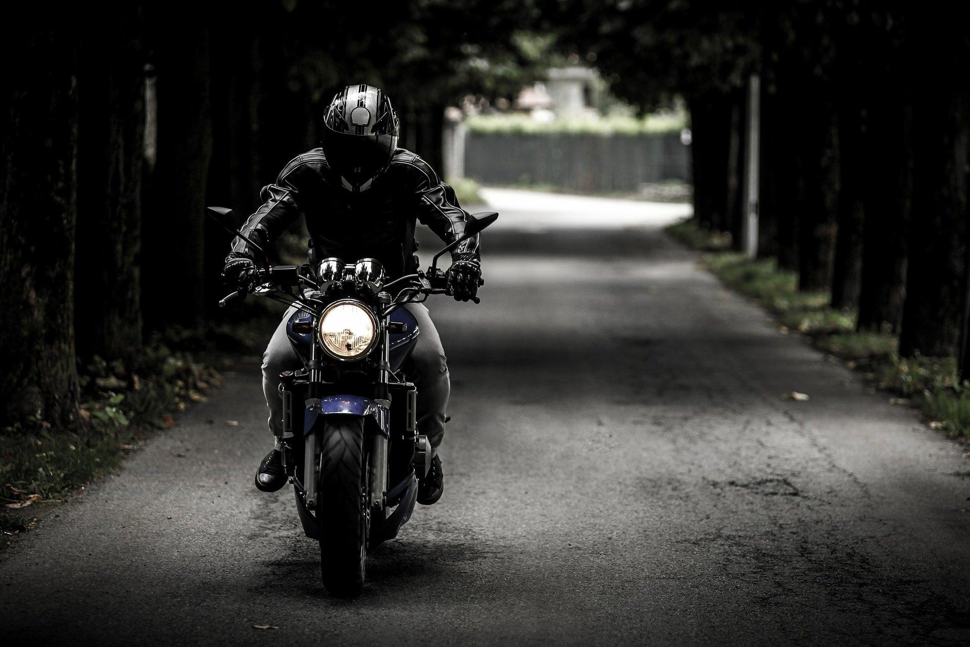 biker-407123_1920.jpg