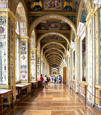 Petersburg Hermitage Hallway